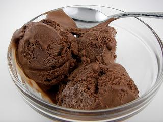 Cara Membuat Es Krim Coklat Tanpa Mesin